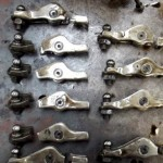 המחשה - נזק לחלקי מנוע עקב קריעת רצועת טיימינג