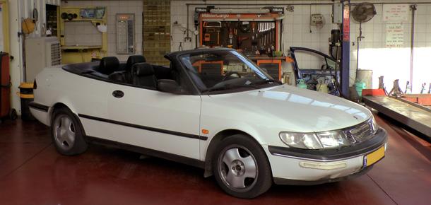SAAB 900 Convertible - תיקון גג נפתח חשמלי